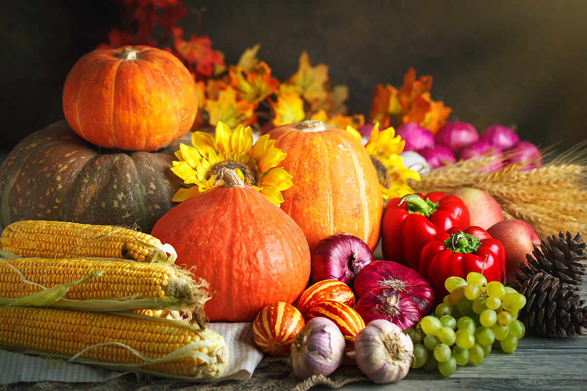 Fruit and vegetables of October: shopping list