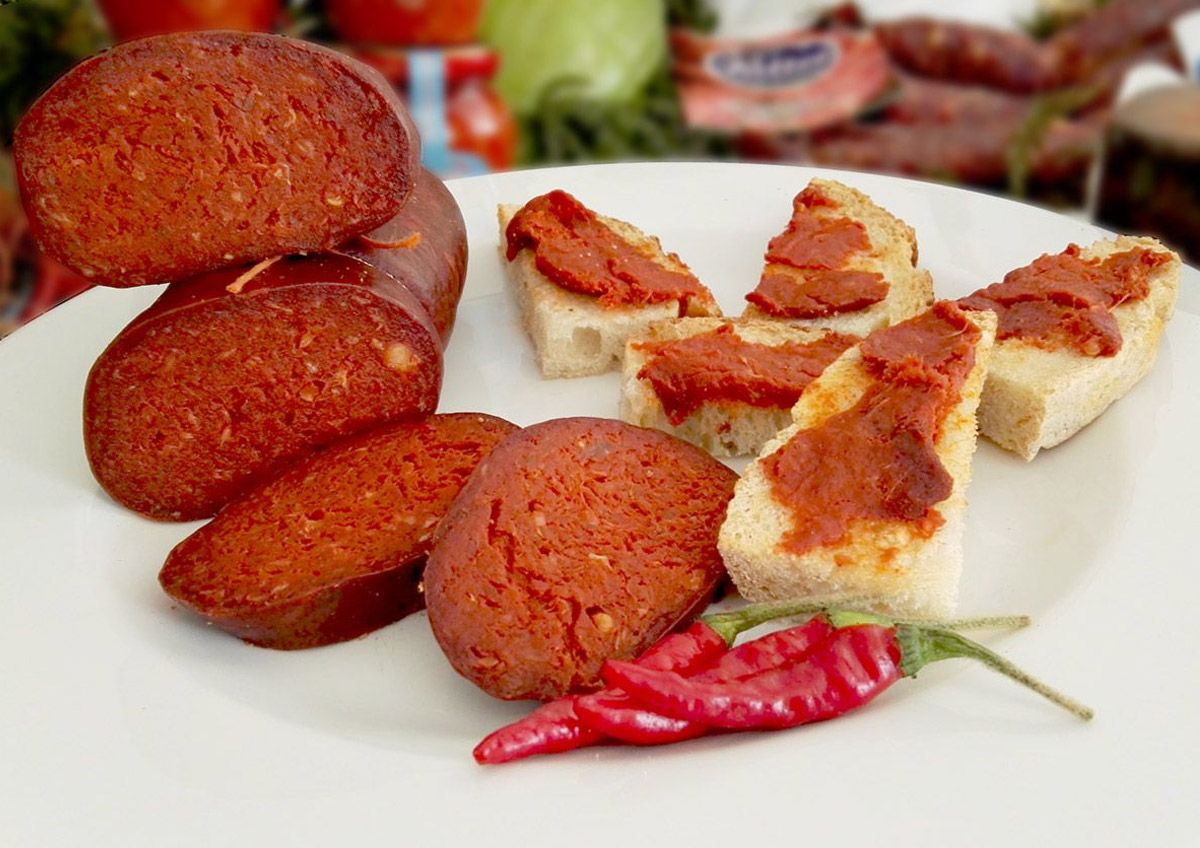 'Nduja: all about the most famous salami from Calabria
