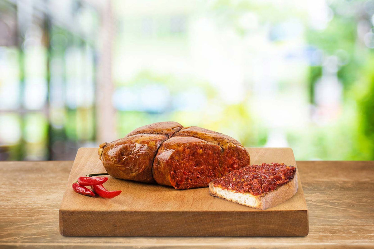 'Nduja: from Cinderella to the undisputed queen of the Italian salami