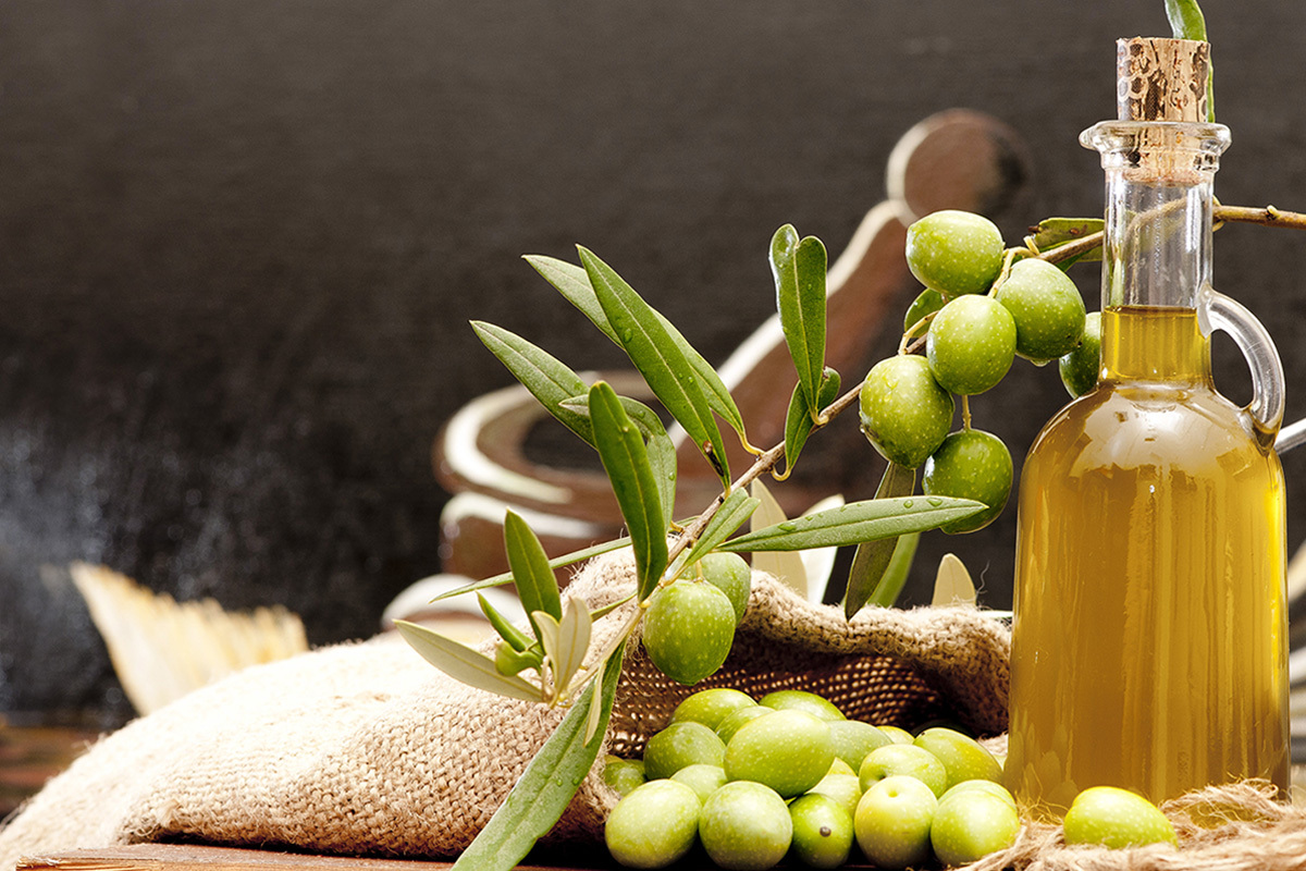Calabrian olive oil: how to choose the best one