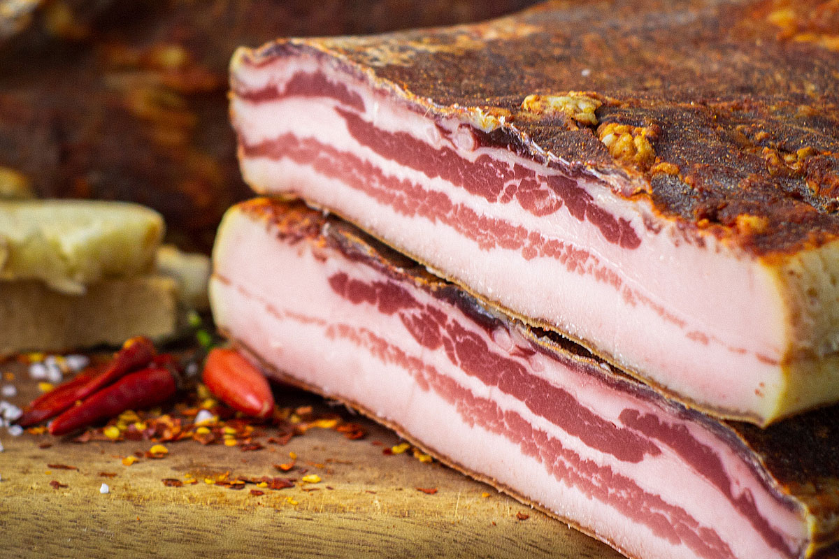 Sweet and smoked pancetta: a quick guide